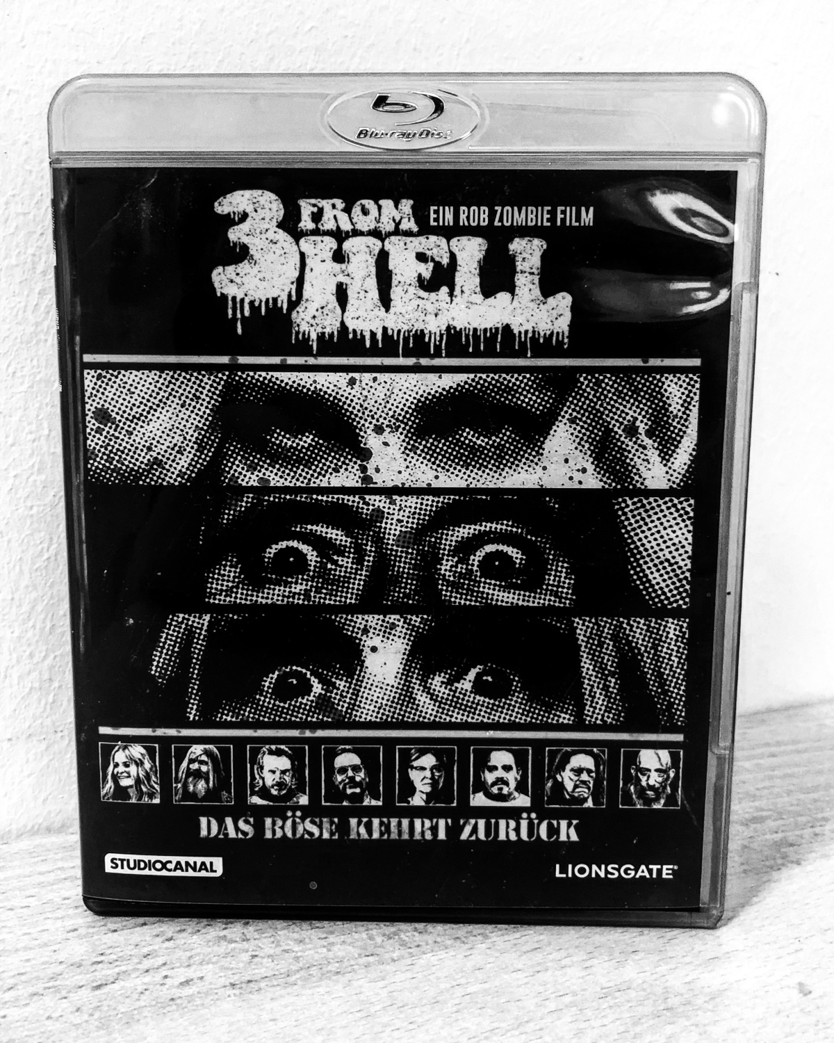 3 from Hell |Review