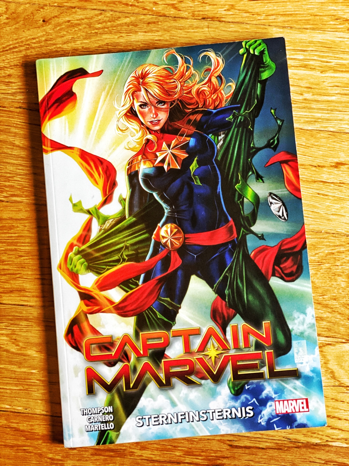 Captain Marvel Band 2: Sternfinsternis | Review [Rezensionsexemplar]